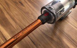 Dyson v10 la nouvelle gamme d'aspirateur sans fil